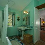 casita san jose baño en Dehesa de Alcuzcuz