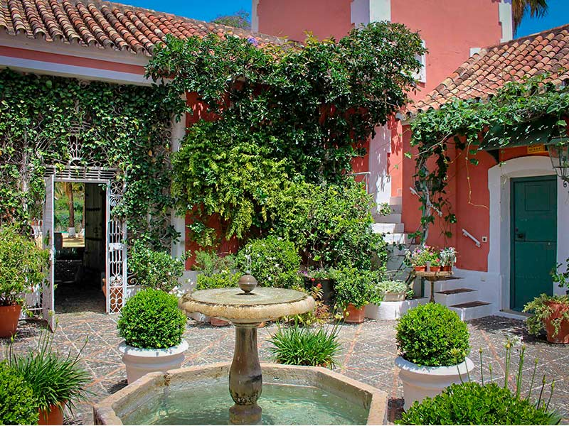 Alcuzcuz hotel benahavis malaga jardin